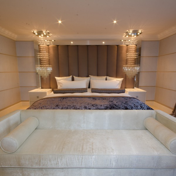 luxury modern bedroom design