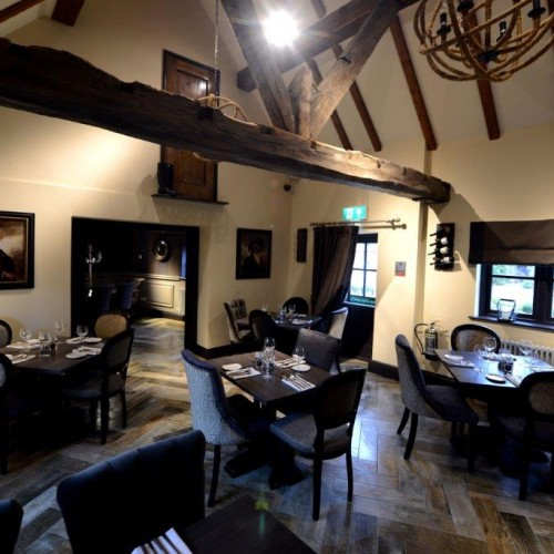 4 featured tables with bespoke upholstered seating and furnishing in gastro pub design in shenstone