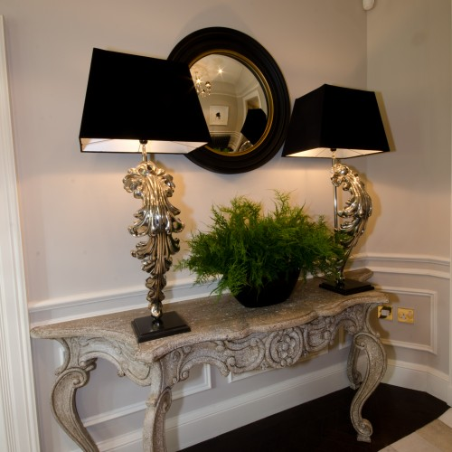 console table a lamp decor