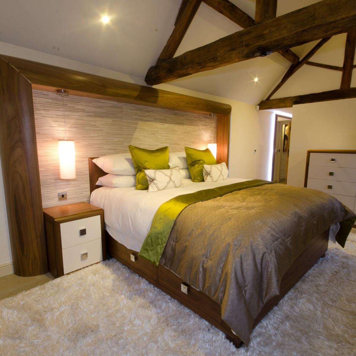 Contemporary bedroom barn design