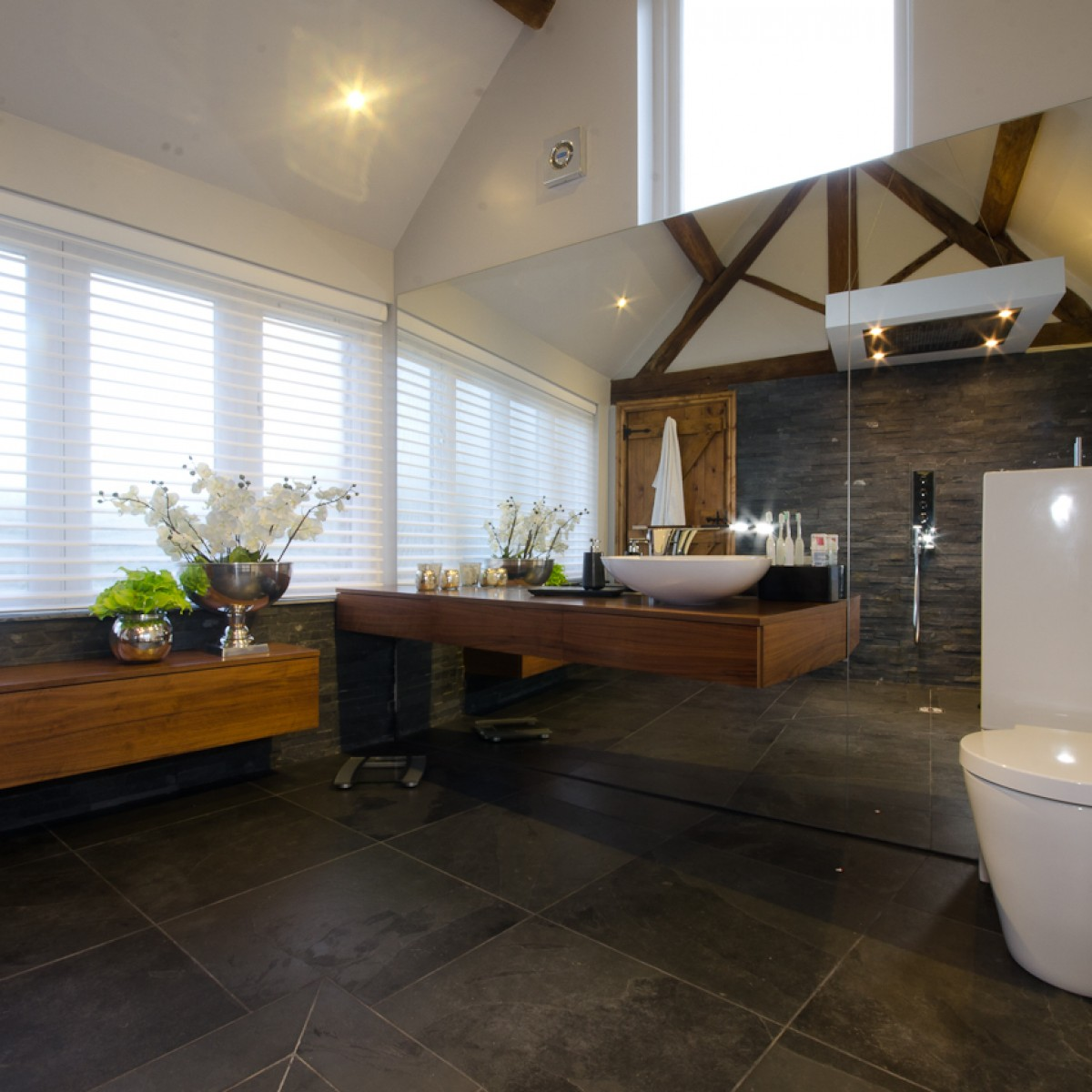 Contemporary Master ensuite bathroom