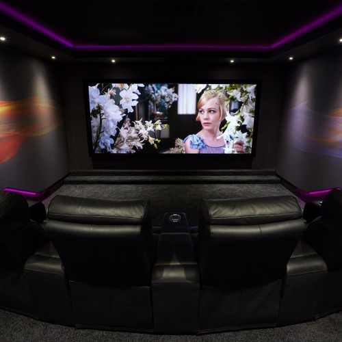 Cinema room design with comfort chairs