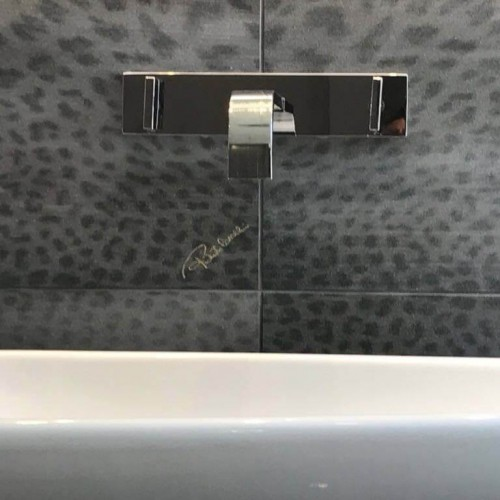 modern-bathroom-design-tile1-1024x768