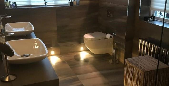 modern-grey-bathroom-design